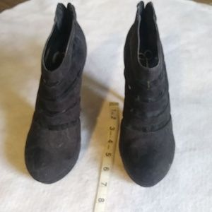 Jessica Simpson Heeled Boots Size 6